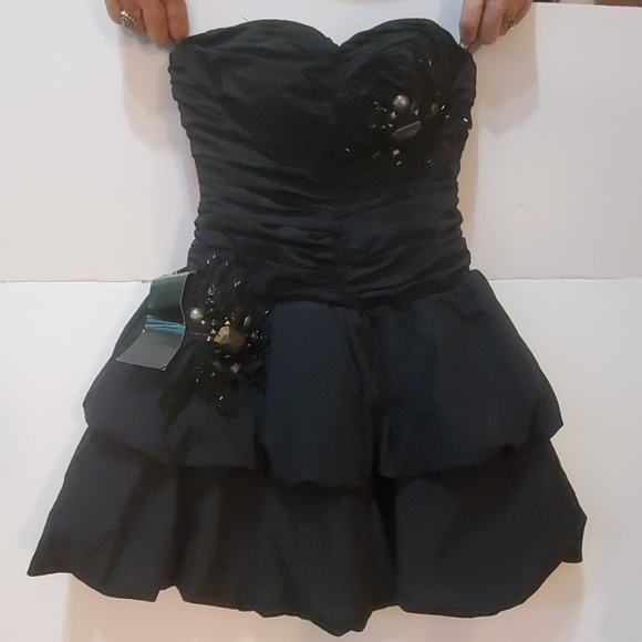 new concept world-wide renown how to purchase NWT Strapless Short Formal by bebe - Size XXS NWT
